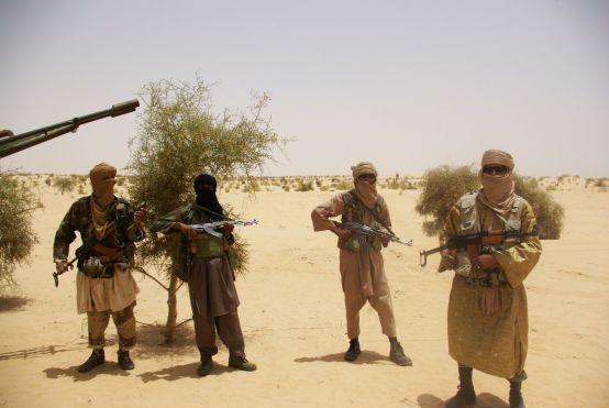 Le Mali en miettes. À qui le tour? Mali-al-qaidas-countr_leff