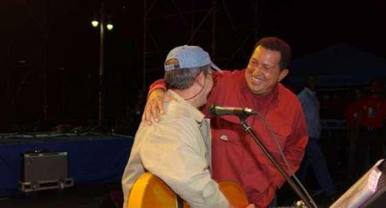 Concert à Caracas, août 2004. Photos publiées aujourd'hui par le chanteur cubain Silvio Rodriguez sur son Blog http://segundacita.blogspot.com/