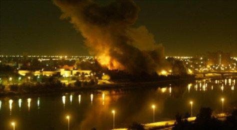 L'aviation américaine bombarde Bagdad, le 20 mars 2003