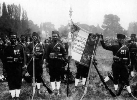 regiment-tirailleurs-senegalais-14-juillet--1913