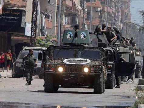 Des soldats de l'armée libanaise se déploient le long d'une ligne de démarcation dans Tripoli - Photo : Getty/images