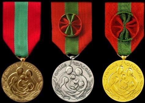 Médailles de la famille française