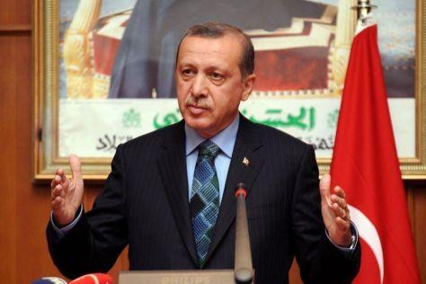 le-premier-ministre-turc-recep-tayyip-erdogan-s-exprime-le-3_1144660