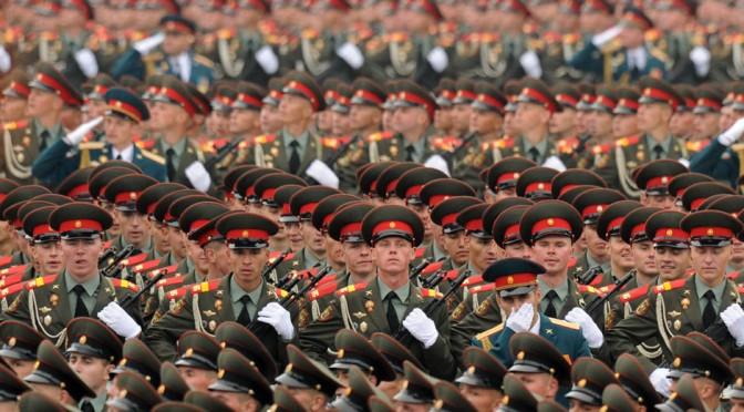 Poutine ne veut pas seulement une armée puissante, il veut une armée prête au combat