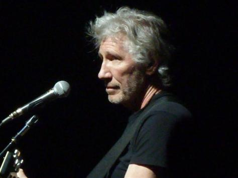 Roger-Waters-Wall-2011-05-14-_29_