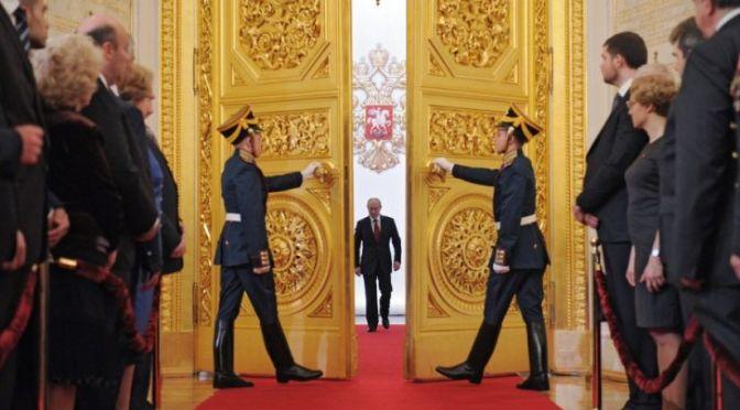 Poutine vers un rôle de leadership mondial – Paul Craig Roberts
