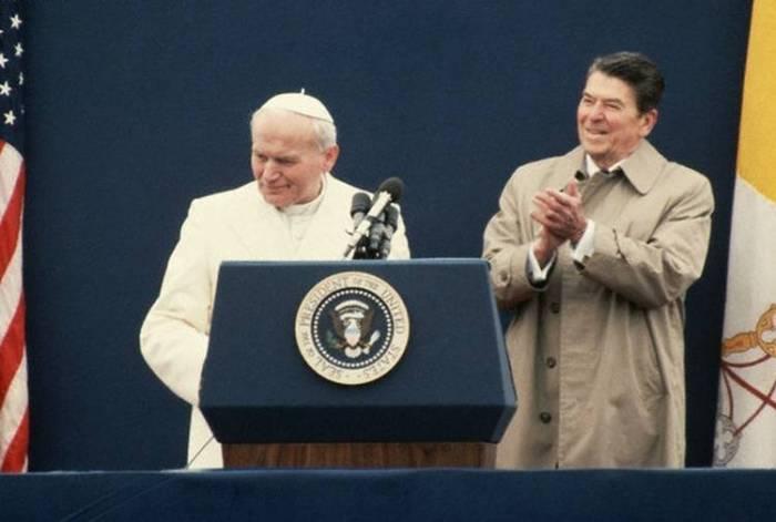Pope John Paul II and Ronald Reagan