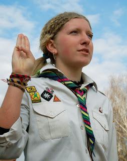 Plast_-_Scout_Salute