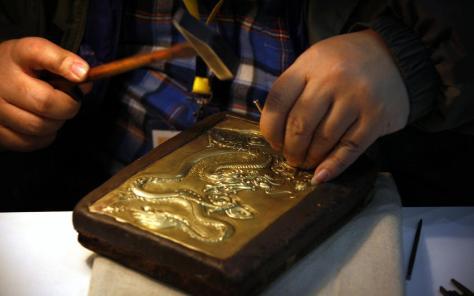 La Chine est devenue le premier importateur mondial d'or, tandis que le produit de ses mines est conservé dans le pays.     Reuters
