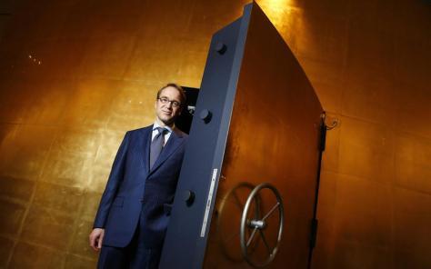 La Deutsche Bundesbank détient 3390,6 tonnes d'or.      Reuters