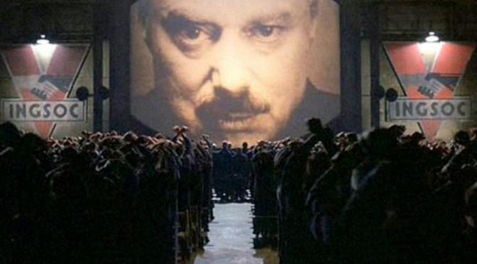 Big Brother – La TV espionne les utilisateurs à leur insu – La TV connectée vous regarde, vous écoute, et enregistre vos infos personnelles!