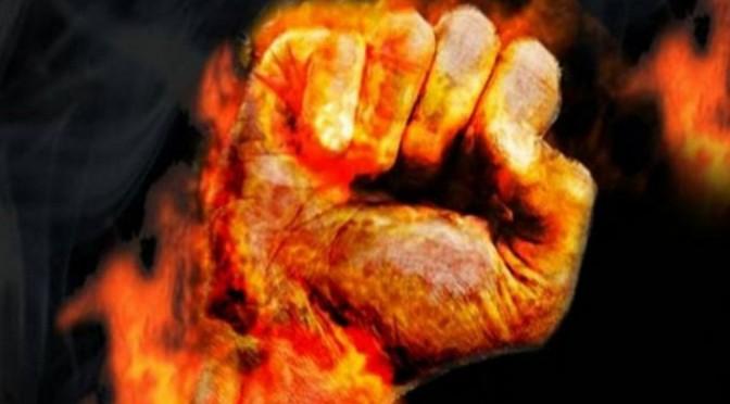 En France, une personne s'immole par le feu tous les 15 jours