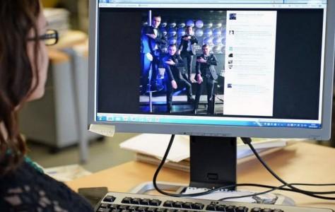 les-quenelles-se-multiplient-sur-les-sites-internet-photo-richard-mouillaud