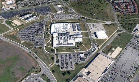 Ce complexe de la NSA à San Antonio, Texas, situé dans une ancienne usine de puces électroniques Sony, est un des bureaux centraux des Tailored Access Operations  de l'agence de renseignements, la meilleure unité opérationnelle de la NSA. C'est quelque chose comme une escouade de plombiers qui peuvent être appelés quand l'approche normale  d'une cible est bloquée.