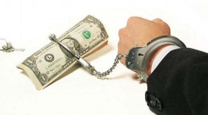 Les peuples deviennent esclaves de la finance mondiale