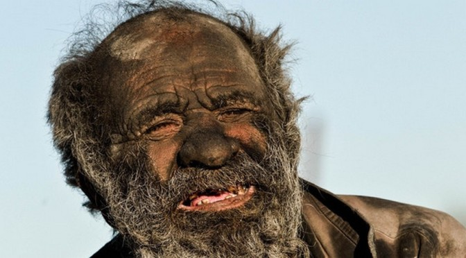L'homme le plus sale du monde ne s'est pas lavé depuis 60 ans