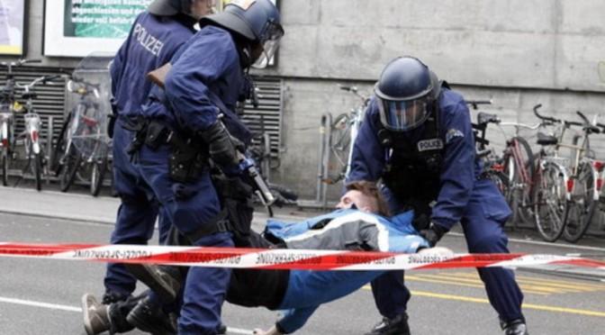 Retour vers le futur : L'europe s'inspire de la loi  du Far West américain avec le droit de tirer sur les manifestants..