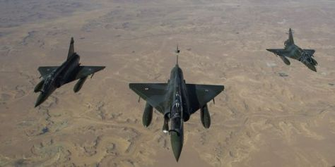 Des Mirage 2000 en vol vers le Tchad depuis leur base de Nancy, le 12 janvier 2013.   AP/Richard Nicolas-Nelson N'DJAMENA (Alwihda Info)